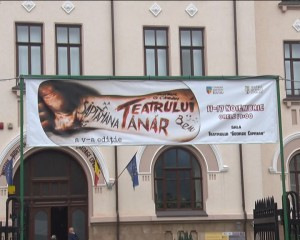 teatrul tanar