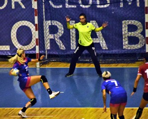 Gloria handbal fete cu U Cluj 6