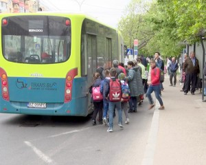 elevi autobuz 2