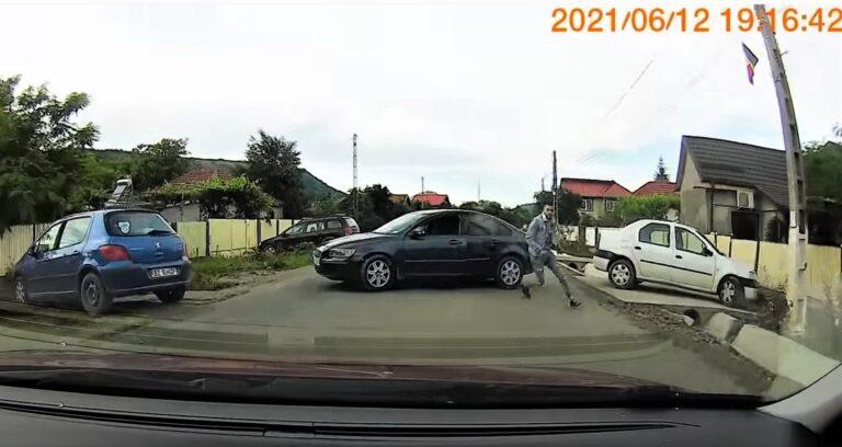 (VIDEO) Agresorii, arestați. Polițiștii, cercetați. Corpul de Control n-a plecat de la Buzău