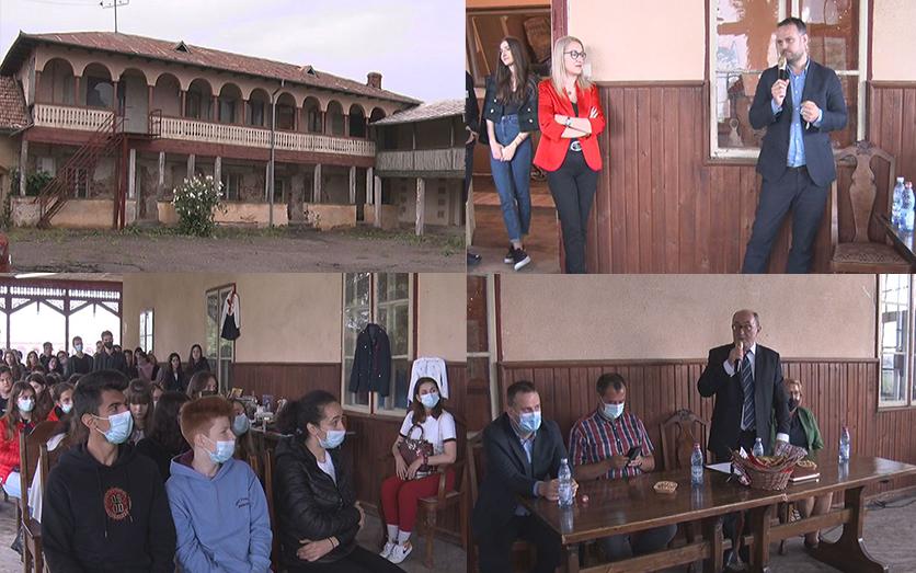 Cum trăiau românii în comunism? O altfel de lecție de istorie.