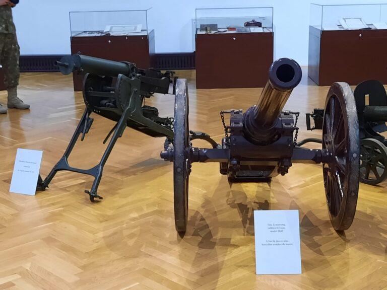 Expoziție militară inedită, la Muzeul Județean