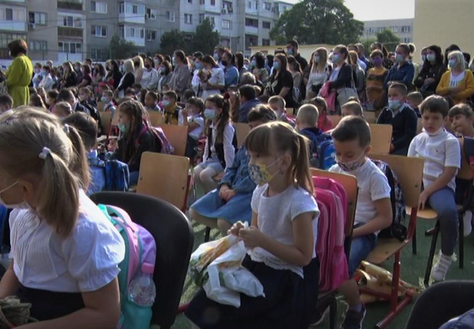 Emoții și la cea mai mare școală gimnazială buzoiană