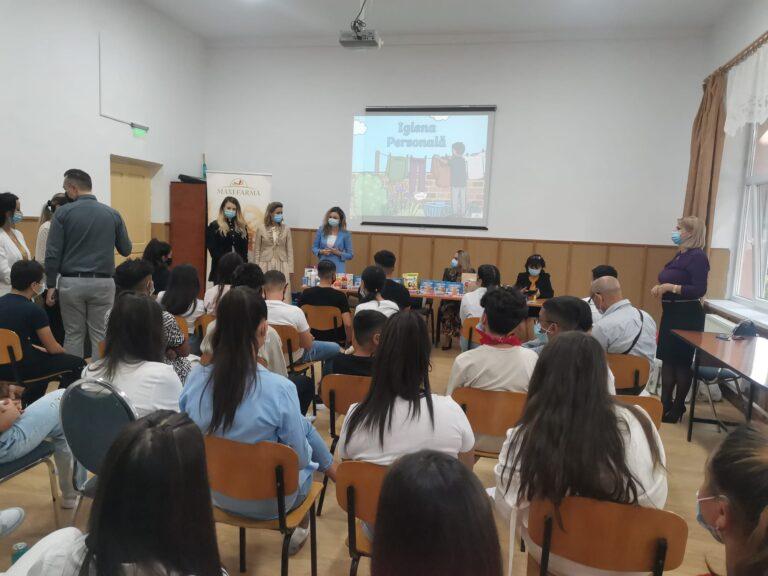 (VIDEO) Acțiune caritabilă și educativă, la Școala nr. 14 din Buzău