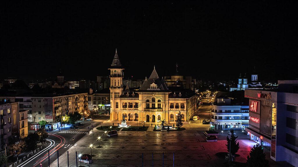 Vedere de noapte. Iluminatul stradal din Buzău va fi modernizat.
